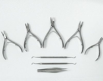 Εργαλεία μανικιούρ -πεντικιούρ